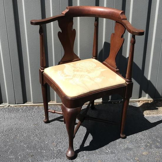 Bicentennial Corner Chair with Queen Anne Legs & Upholstered Seat