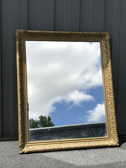 Vintage Mirror with Ornately Carved Wooden Frame with Gilt Finish