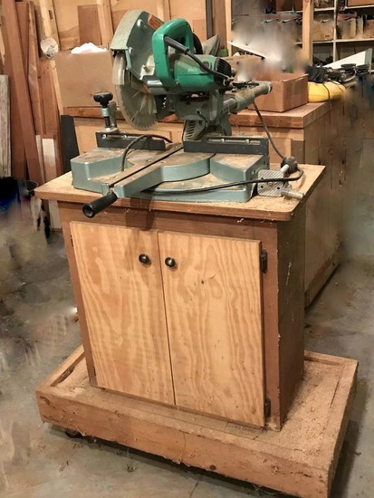 "Hitachi 8-1/2"" Slide Compound Saw C 8FB2 on Rolling Cabinet"
