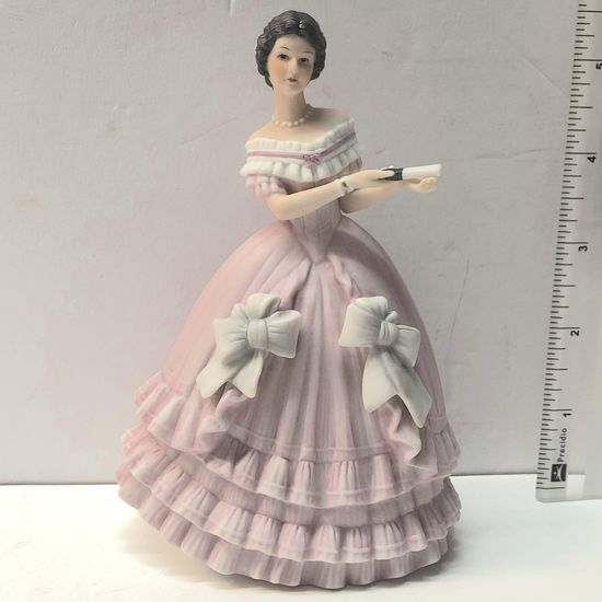 Lenox Caroline Figurine Great Fashions of History-Japan