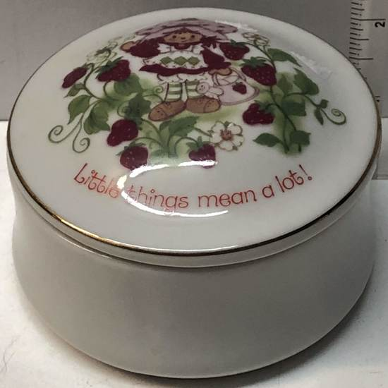 Strawberry Shortcake Designers Collection Porcelain Pin Dish