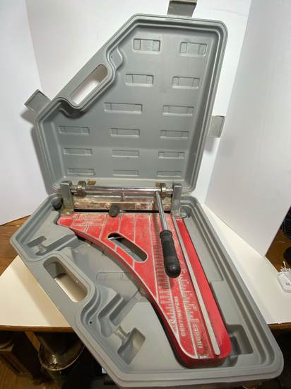 "Roberts 12"" Tile Cutter 10-900 in Case"