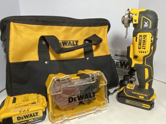 DeWalt Cordless Oscillating Multi-Tool in Canvas Case with Accessories