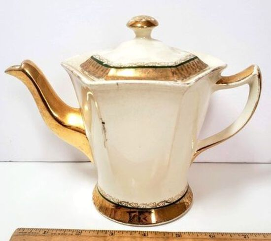 Vintage Devon 22kt Gold Trim Teapot