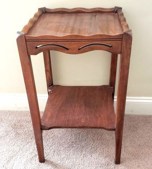 Vintage Wood Lamp Table with Shelf