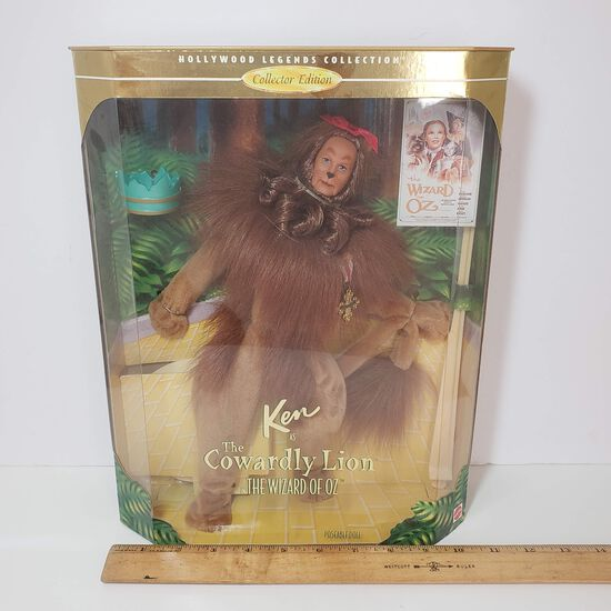 "Vintage ""The Cowardly Lion"" Wizard of Oz Hollywood Legends Collector Edition Ken Doll"