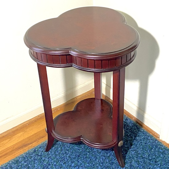 2-Tier Clover Shaped Accent Table