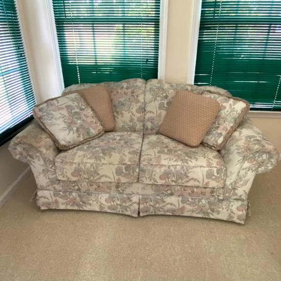 Floral Loveseat with Throw Pillows