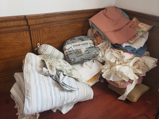 Extra Large Lot of Misc Linens