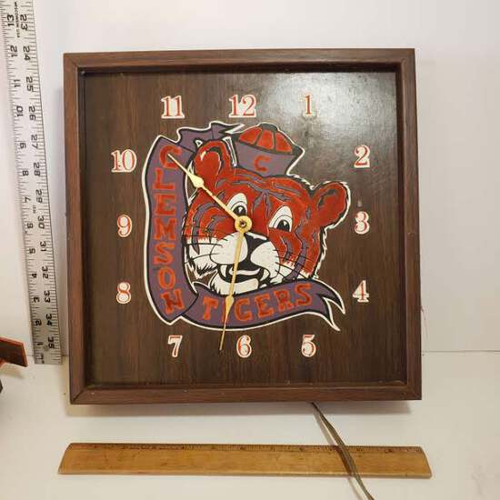 Vintage Electric Clemson Tigers Clock