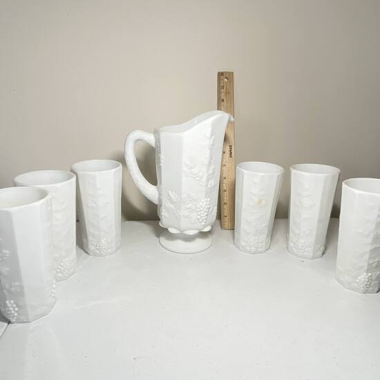 7 pc Westmoreland Pitcher & Tumbler Set with Embossed Grape Design