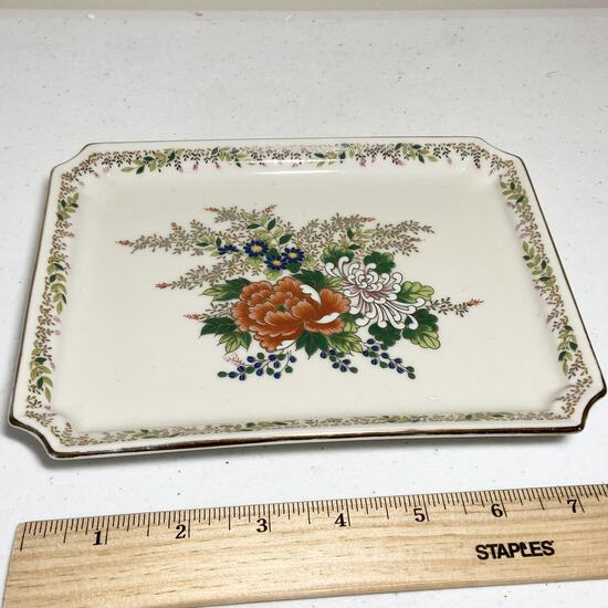 Porcelain Oriental Floral Dish with Gilt Edge Made in Japan