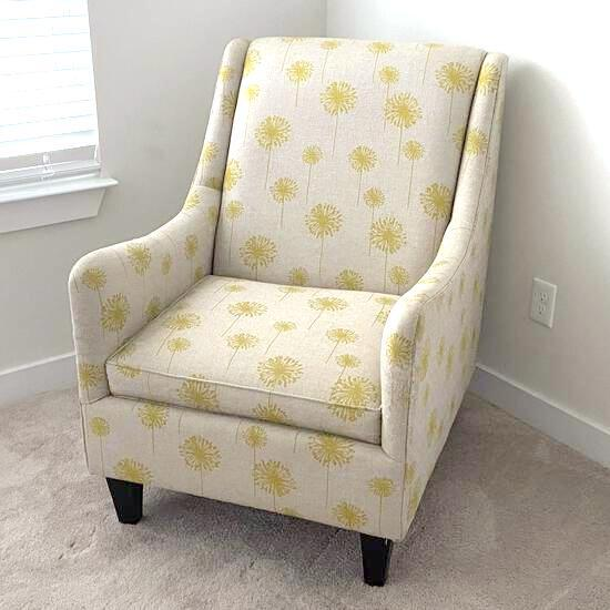 Upholstered Side Chair with Wooden Legs
