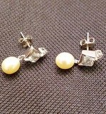 14Kt White Gold Earrings with Genuine Pearls and Clear Stones