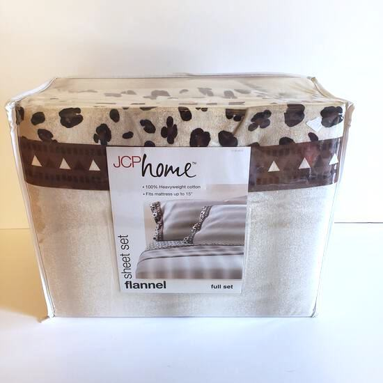 New JCPenney Home Leopard Print Full Size Flannel Sheet Set
