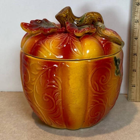 Ceramic Pumpkin Jar with Vine Top