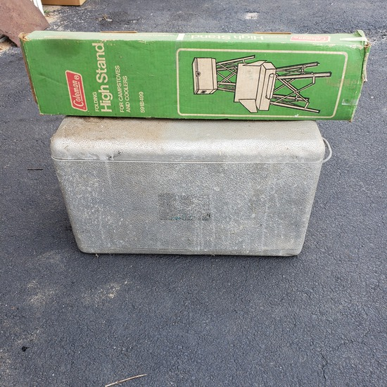 Vintage Coleman Cooler With Folding Stand