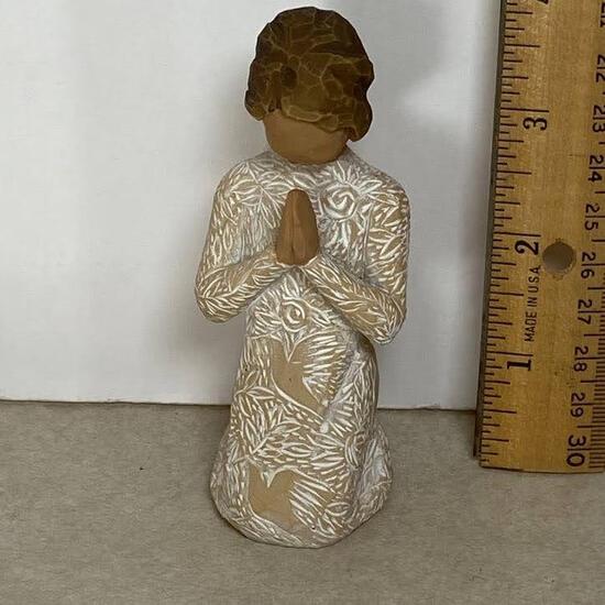 2012 Willow Tree Prayer Of Peace Figurine