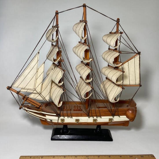 Heritage Mint Wooden Ship Model