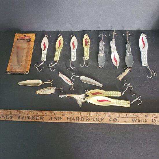 Nice Lot of Vintage Fishing Lures