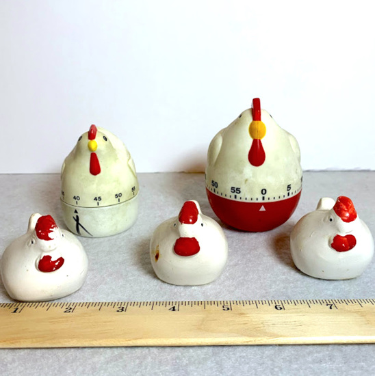 Assorted Chicken Themed Kitchen Items