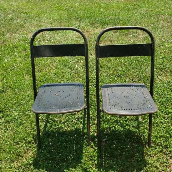 Set of 2 Vintage Metal Folding Chairs