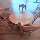 Beautiful 5 pc Oak Dining Set with Beautifully Carved Back Chairs with Cane Seats