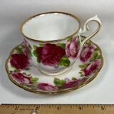 Bone China Royal Albert Old English Rose Tea Cup & Saucer England