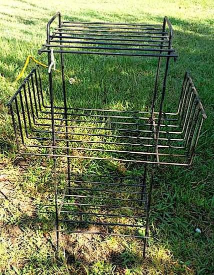 Vintage Metal Stand