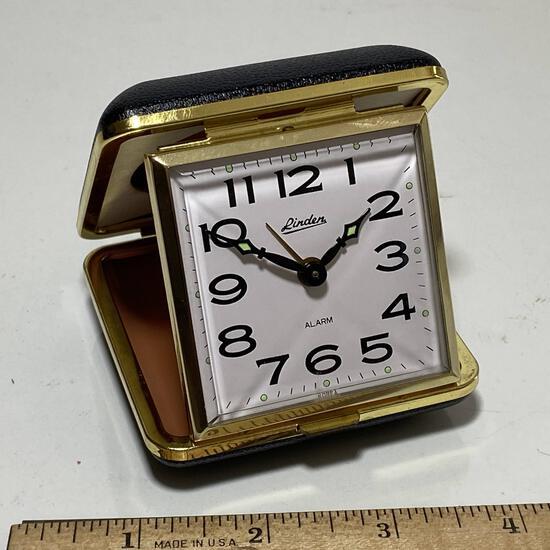 Portable Alarm Clock by Linden