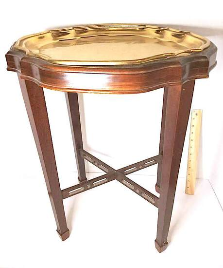 Mahogany Finish Accent Table w/ Removable Brass Serving Tray