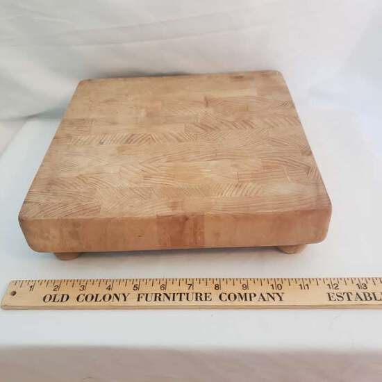 Vintage Footed E. L. Bruce Company Chopping Block – Great Condition