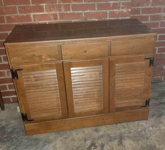 Vintage Wooden Ethan Allen Buffet