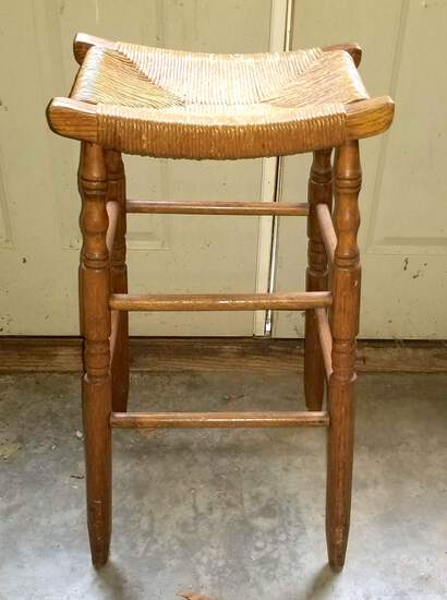 Wooden Curved Seat Bar Stool with Rush Seat