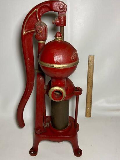 Antique Cast Iron Crestline Little King Well Pump