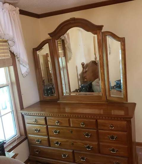 Kincaid Solid Wood Hunters Run Triple Dresser with 3 Part Mirror, 8 Drawers