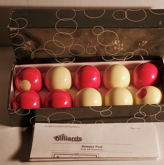 Bumper Pool Billiard Balls Set in Box
