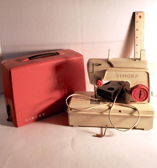 Vintage Child Junior Miss Singer Sewing Machine