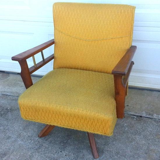 Vintage Retro Mid Modern Swivel Rocker Chair W Danish Style Wood Made By Middletown Mfg Co