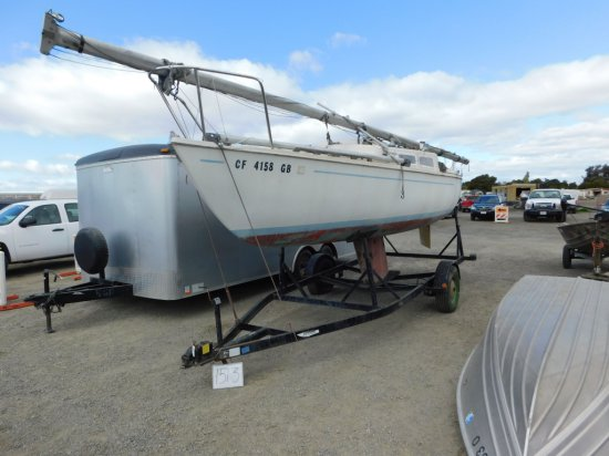 1976 22 FOOT SAIL BOAT W/ TRAILER