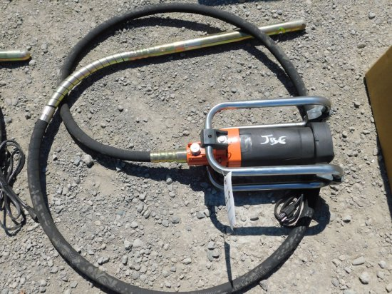 NEW & UNUSED MUSTANG CV 3500 CONCRETE VIBRATOR