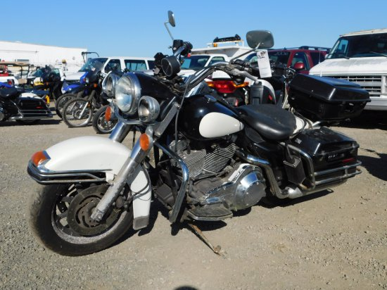 2004 HARLEY DAVIDSON ROAD KING MOTORCYCLE
