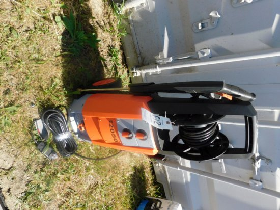 NEW MUSTANG PRESSURE WASHER