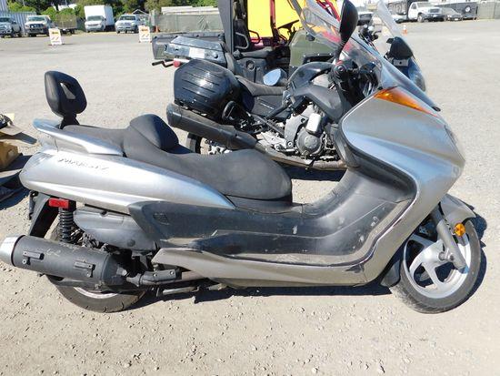 2006 YAMAHA MAJESTY MOTORCYCLE