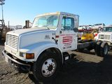 2000 INTERNATIONAL 4700 CAB & CHASSIS