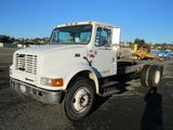2001 INTERNATIONAL 4700 CAB & CHASSIS