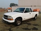 2003 CHEVROLET S10 EXTENDED CAB PICKUP TRUCK