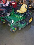 JOHN DEERE Z TRACK 717 RIDE ON MOWER