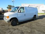 2007 FORD E-350 CARGO VAN (SALVAGE TITLE)
