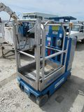 2012 GENIE GR12 RUNABOUT PERSONNEL LIFT